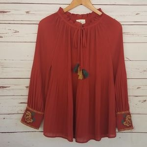 Grand & Greene pleated top with embroidery M